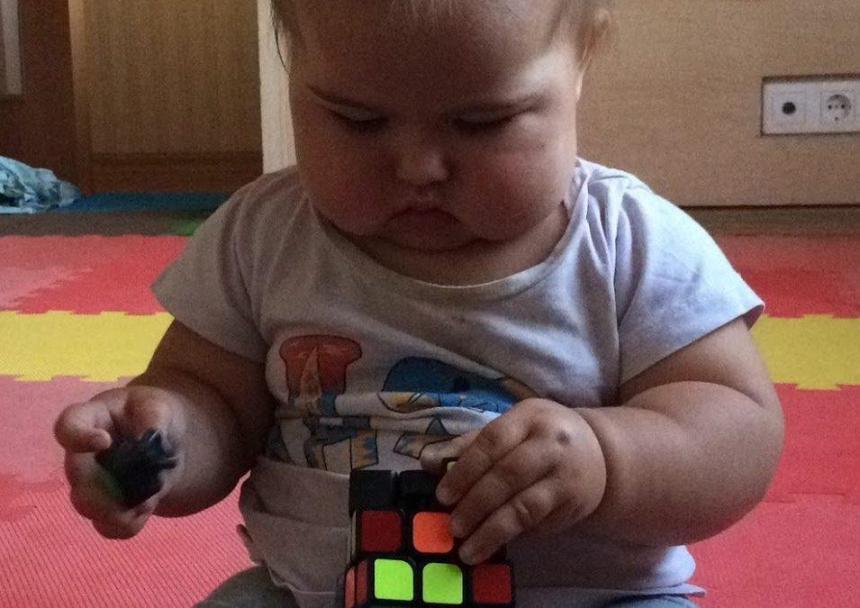 Кубик Рубика vs планшет